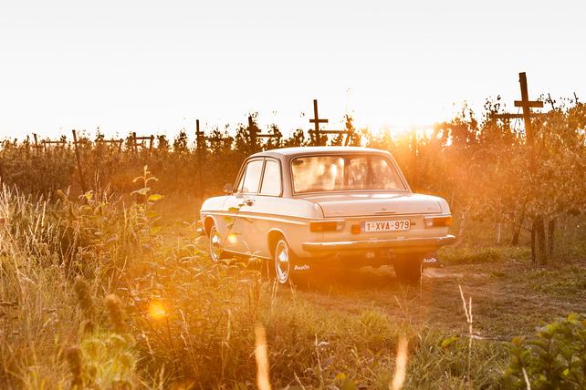 Oldtimerverhuur-wagen-audi-60L-6.jpg