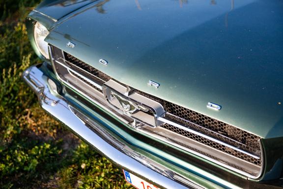 Oldtimerverhuur-wagen-Ford-Mustang-V8-Convertible-3.jpg