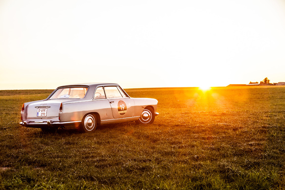 Oldtimerverhuur-wagen-lancia-flaminia-coupe-3B-2800-4.jpg
