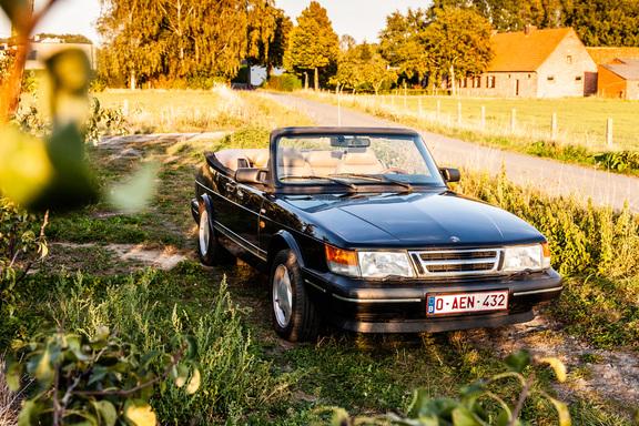 Oldtimerverhuur-wagen-saab-900-cabrio-12.jpg
