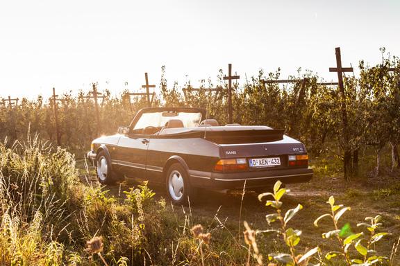 Oldtimerverhuur-wagen-saab-900-cabrio-4.jpg
