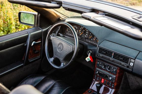 Oldtimerverhuur-wagen-mercedes-300-SL-cabrio-6.jpg