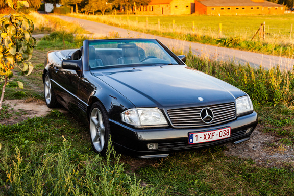 Oldtimerverhuur-wagen-mercedes-300-SL-cabrio-5.jpg