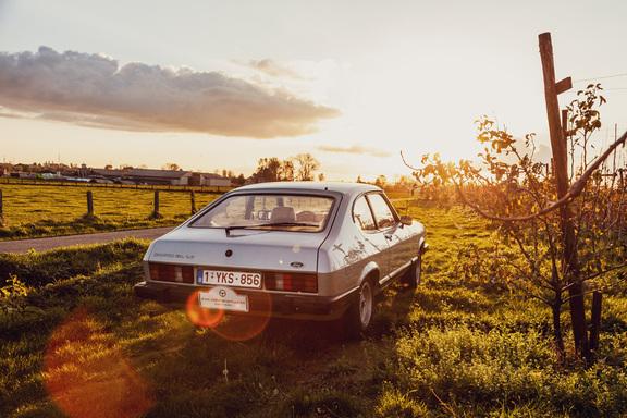 oldtimerverhuur-wagen-ford-capri-80-12.jpg